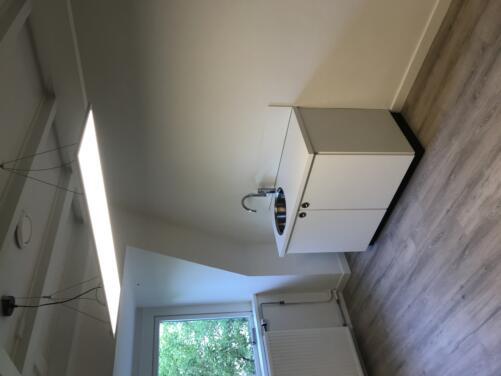 Upgrade kantoor, pantry, PVC vloer, verlichting
